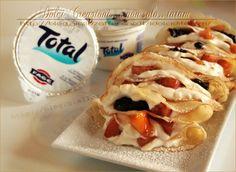 Crepes allo yogurt greco e frutta caramellata