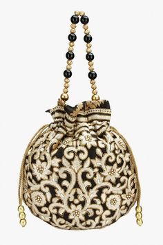7 Bag Trends Fashion Girls Can't Stop Wearing Vintage Purses, Vintage Bags, Vintage Handbags, Ethnic Bag, Potli Bags, Embroidery Bags, String Bag, Beaded Bags, Fabric Bags