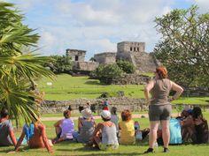Tulum, la ciudad amurallada de la cultura maya que hoy representa uno de los más grandes atractivos turísticos de Quintana Roo.
