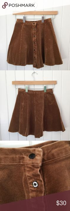 Brandy Melville // Corduroy Button Up Skirt Brandy Melville tan corduroy skater skirt with button up front. Worn 4-5 times. In excellent condition. One size. All tags are in tact. Brandy Melville Skirts Circle & Skater