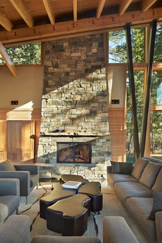 Mazama House designed by FINNE Architects