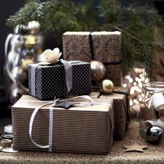 Emballages cadeaux Noël 2016 IKEA http://www.homelisty.com/ikea-noel-2016/