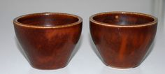 Saxbo, to miniature bowls in stoneware. Early work fra the studio, Denmark. H: 5,2. W: 7,2 cm.