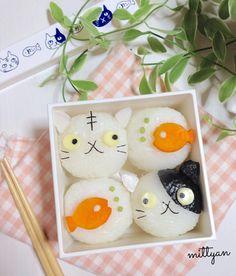 Cute cat rice balls by mittyan (@mittyan623)