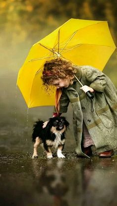 Resultado de imagem para black and white photos with a touch Animals For Kids, Animals And Pets, Baby Animals, Cute Animals, Cute Kids Photography, Animal Photography, Beautiful Creatures, Animals Beautiful, Cute Dogs