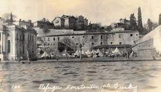 Feriye Sarayı'nda Selanik Göçmenleri - Çırağan / 1922