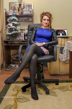 39388d43440 Where women love wearing pantyhose. Thousands of non-nude retouched photos  of amateur women wearing pantyhose