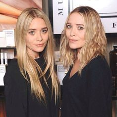 Hair and beauty inspiration from the Olsen Twins: Mary-Kate and Ashley Olsen Ashley Olsen Hair, Ashley Olsen Style, Olsen Twins Style, Mary Kate Ashley, Mary Kate Olsen, Full House, Elizabeth And James Nirvana, The Row, Her Hair