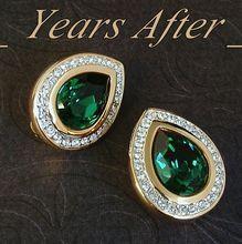 GENUINE Signed SWAROVSKI Crystal Earrings Emerald Green S.A.L. MINT c.1970's! #SwaroskiCrystalEarrings #VintageCrystalEarrings