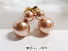 Rose Gold Snowman Earrings, Double Pearl Earrings in Rose Gold, Sterling Silver Post, Quality Pearls by YaesilJewelry on Etsy Double Pearl Earrings, Snowman, Rose Gold, Pearls, Sterling Silver, Trending Outfits, Unique Jewelry, Handmade Gifts, Vintage