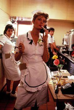 Susan Sarandon in Thelma & Louise - dir Ridley Scott Susan Sarandon, Thelma Louise, Thelma And Louise Movie, Love Movie, Movie Tv, Movie Scene, Movies Showing, Movies And Tv Shows, Laura Palmer