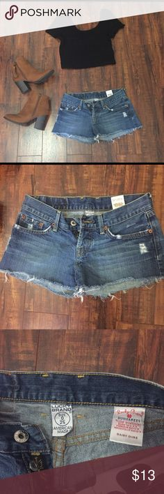 ⭐️Lucky Brand Shorts Size 0 / 25. Gently used condition. Has two buttons. Lucky Brand Shorts Jean Shorts