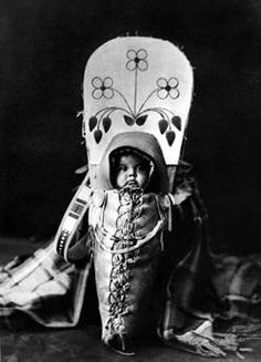 Native American Baby in Papoose: this was part of the article i read  - proper spine development @Kailey Crowell