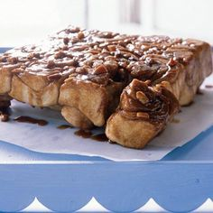 Caramel-Pecan Sticky Buns Recipe from Cooking Light, although I doubt they fall anywhere in the light category. On-hand or at least easy-to-get ingredients available at kroger. DO let ur dough set up or it will flop! Pecan Sticky Buns, Bun Recipe, Sticky Recipe, Caramel Pecan, Tasty, Yummy Food, Cooking Light, Sweet Bread, Just Desserts
