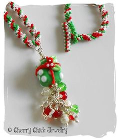 Christmas Present Beaded Necklace