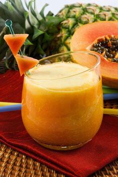 METABOLISMO  Ingredientes: - 1 colher de sopa de mate solúvel - 1 copo de 200 ml de água - ½ maçã sem semente - ½ mamão papaia - 1 banana prata - ½ copo de 100 ml de leite de soja gelado Modo de preparo:  Bata todos os ingredientes no liquidificador e sirva gelado.
