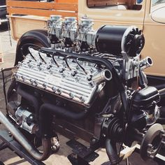 Ford V8, 32 Ford, Custom Street Bikes, V12 Engine, Traditional Hot Rod, Classic Hot Rod, Old Race Cars, Flat Head, Vintage Trucks