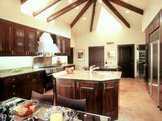 Pretty amazing kitchen 1