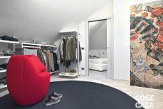 Una vera e propria stanza: molto più di una cabina armadio #casa #cosedicasa #arredamento #living #design #house #home #cabinaarmadio #armadio #trilocale #abitazione #appartamento