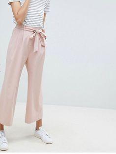 26bc2afa2fc1 I pantaloni larghi a culotte sono tutto quello che vorremo indossare  durante tutta l'estate 2018