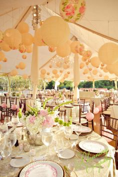 Hochzeitszelt - wenn nur das Wetter hält!