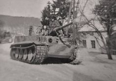 Tiger I N°2 from s.Pz.Abt.506..