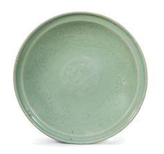 A Longquan celadon-glazed floral dish, Ming Dynasty (1368-1644)