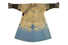 An impressive Chinese Imperial festive summer robe, belonging to an Empress, from the collection of Leonard Gow, the noted Glaswegian shipping magnate. Estimate £15,000 and 25,000,