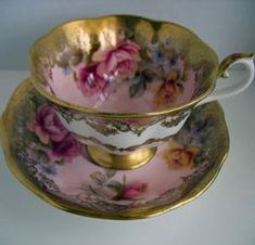 Royal Albert - Portrait Series- Gold with Pink flower