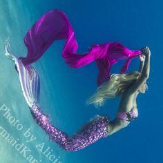 Mermaid Kariel mer-chandise facebook instagram pinterest youtube twitter