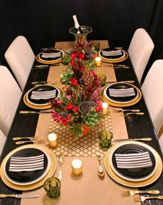 autumn+tablescape+with+gold+chargers+gold+flatware.jpg (650×818)