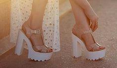Plataforma Blanca Capellada en cuero Dorado ♥