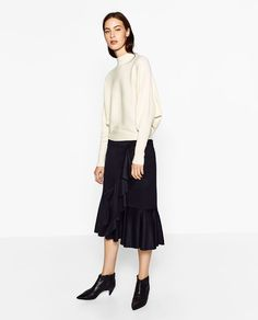 ZARA - WOMAN - BATWING SLEEVE SWEATER
