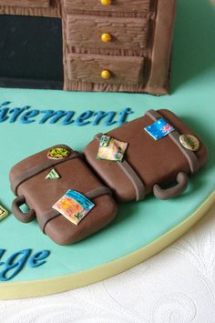 The World's Best Photos of fondant and retirement Retirement Party Invitations, Retirement Cakes, Retirement Parties, Retirement Planning, Retirement Countdown, Cake Decorating Techniques, Cake Decorating Tips, Cookie Decorating, Bon Voyage Cake