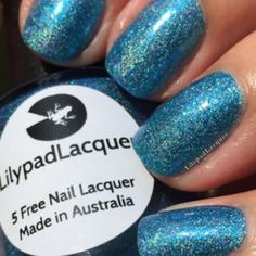 Lilypad Lacquer - H2O WOW – Bright light blue holo with blue/violet shimmer and iridescent flakies