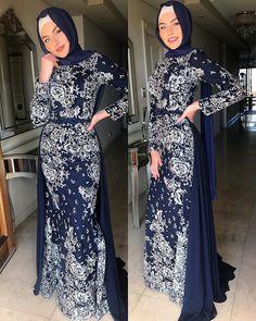 Muslim Fashion, Hijab Fashion, Women's Fashion, Teen Fashion Outfits, Fashion Dresses, Modest Fashion, Ball Dresses, Cute Dresses, Party Dresses
