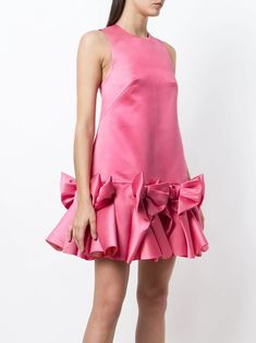 Viktor&Rolf Soir Bow Volant Mini Dress - Farfetch Couture Fashion, Runway Fashion, Women's Fashion, Pretty Dresses, Beautiful Dresses, Pink Dress Outfits, Victor And Rolf, Flower Jeans, Designer Evening Dresses
