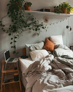 fridlaa - # decoração - Ayleen's World Room Ideas Bedroom, Home Bedroom, Bedroom Decor, Bedrooms, Earthy Bedroom, Aesthetic Room Decor, Cosy Aesthetic, Cozy Room, My New Room
