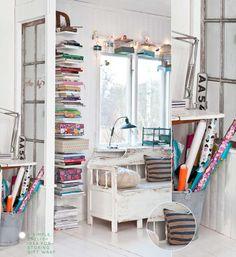 I like the book shelves!