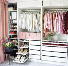 Walk In Closet Ideas - Do you require to whip your small walk-in closet into shape? You will certainly love these 20 extraordinary small walk-in closet ideas and also makeovers for some . Walk In Closet Design, Bedroom Closet Design, Closet Designs, Home Bedroom, Bedroom Decor, Bedrooms, Dressing Ikea, Dressing Room, Wardrobe Room