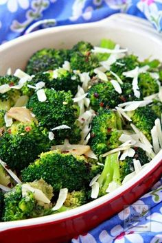 Just 10 minutes to make this super-easy and truly tasty side dish -Garlic Parmesan Broccoli! It's so addictively yummy you'll be making this over and over again!