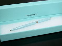 Every girls dream...a Tiffany engagement ring ???? #jewellery Tiffany #Tiffany