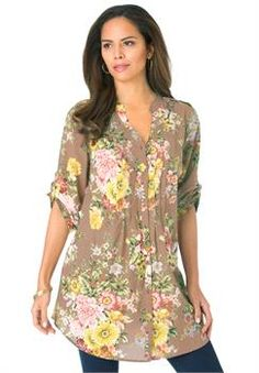 Inspired by the flowers of an English garden, this romantic floral-print tunic will brighten up any outfit. Stylish Plus Size Clothing, Plus Size Outfits, Floral Tunic, Floral Tops, Plus Size Bohemian, Plus Size Women, Summer Outfits, Tunic Tops, English