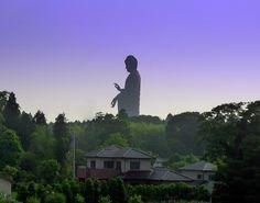 Une des plus grandes statues du monde (100 m de hauteur) - Ushiku Daibutsu au Japon