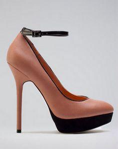 Ankle strap heels de Bershka