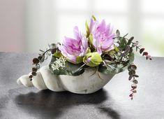 Home Decor, Seashells, Flowers, Kunst, Decoration Home, Room Decor, Home Interior Design, Home Decoration, Interior Design