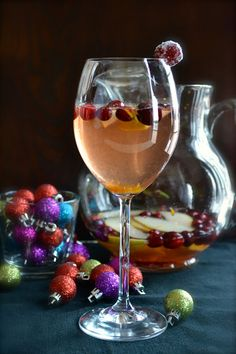 Cranberry Pear Christmas Sangria | taste love and nourish