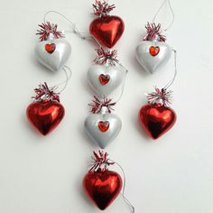 8 Vintage Style Red~White Glass HEART ORNAMENTS~FEATHER TREE Valentine Decor NEW