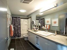 #colbray#colbrayhomes#homebuilder#customhomebuilder#luxury#albertahomebuilder#albertacustomhomebuilder#bathroom#bathroomdesign#bathroomdecor Red Deer, Custom Built Homes, Building A House, House Ideas, Kitchen Cabinets, Bathroom, Luxury, Home Decor, Washroom