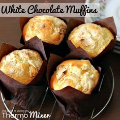 I LOOOOOOVE white chocolate anything. Seriously love it. I always loved Easter time growing up as I was always given a
